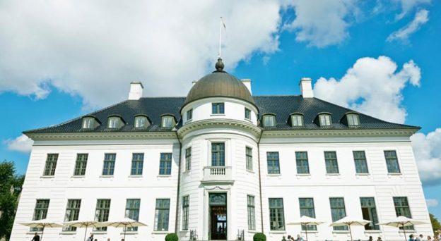 Hotel Bernstorff Slot Jægersborg Allé 93 2820 Gentofte Danmark Nordsjælland