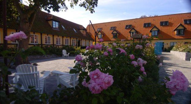 Hotel Hotel Siemens Gaard Havnebryggen 9 3740 Svaneke Danmark Bornholm