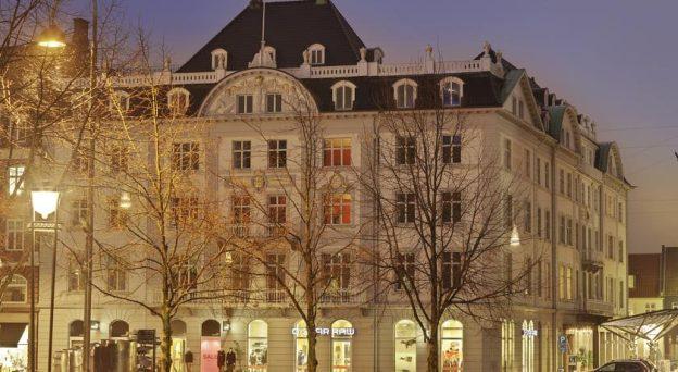 Hotel Hotel Royal Store Torv 4 8000 Århus C Danmark Østjylland