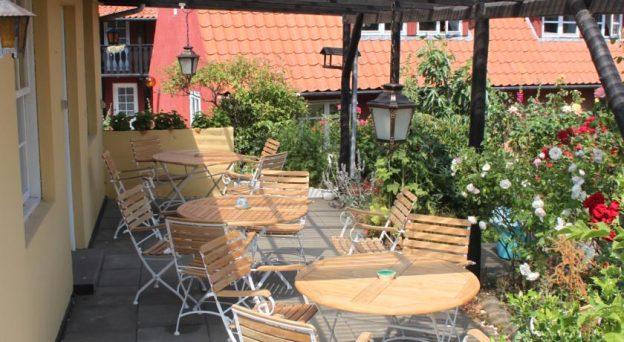 Hotel Pension Sandbogaard Landemærket 3 3770 Allinge Danmark Bornholm